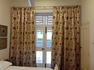 This image has an empty alt attribute; its file name is Colourful-curtain-2-2-300x225.jpeg